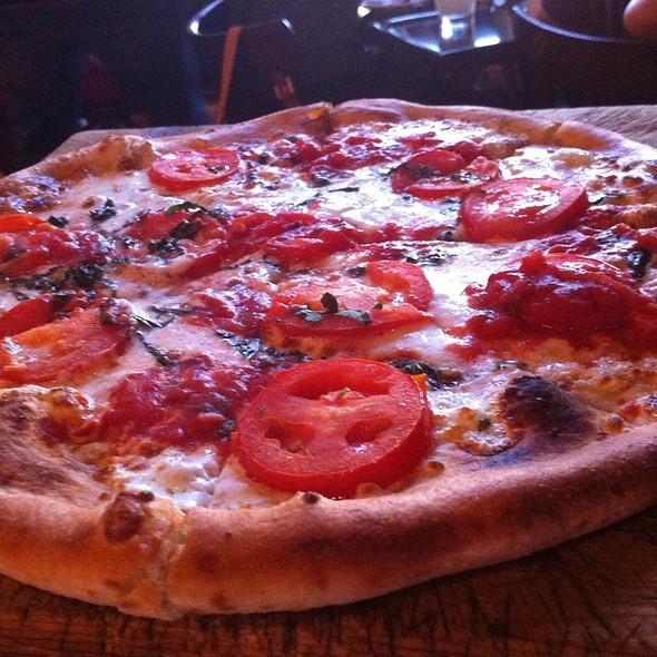 Magherita Pizza @ Urban Crust