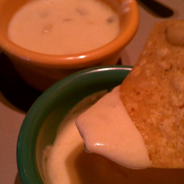 White Jalapeno Cheese Dip