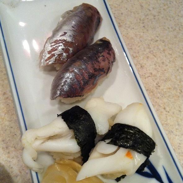 Sushi: Ika Geso, Aji