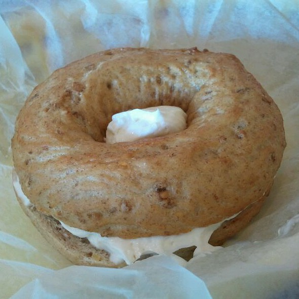 9 Grain Sourdough Bagel With Cream Cheese