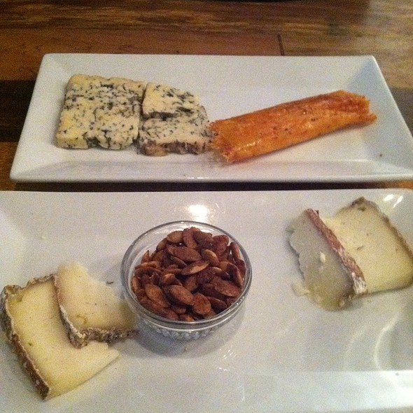 Cheese Plate @ The Queens Kickshaw