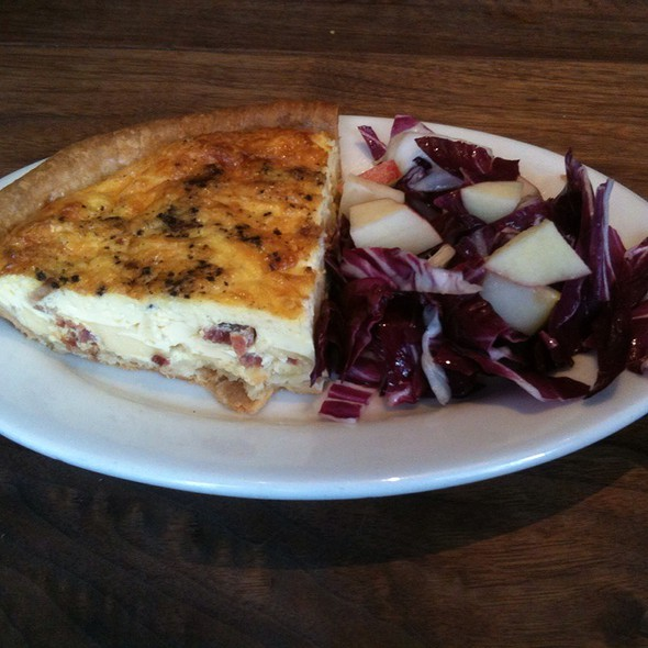 White Cheddar And Bacon Quiche @ Farm Table