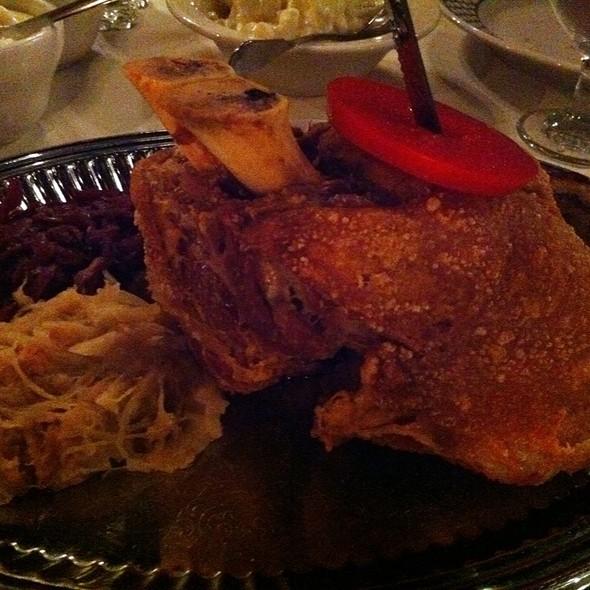 Schweinhaxen @ Gasthaus