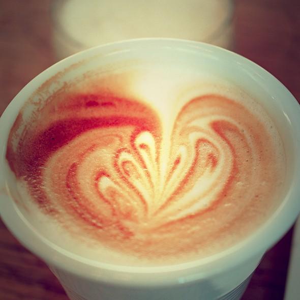 Cafe Latte @ Riccos Kaffebar