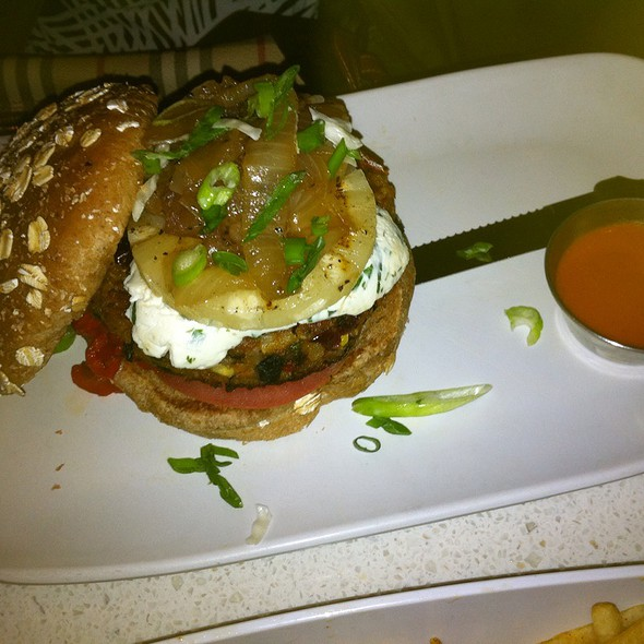 Veggie Burger @ The Counter