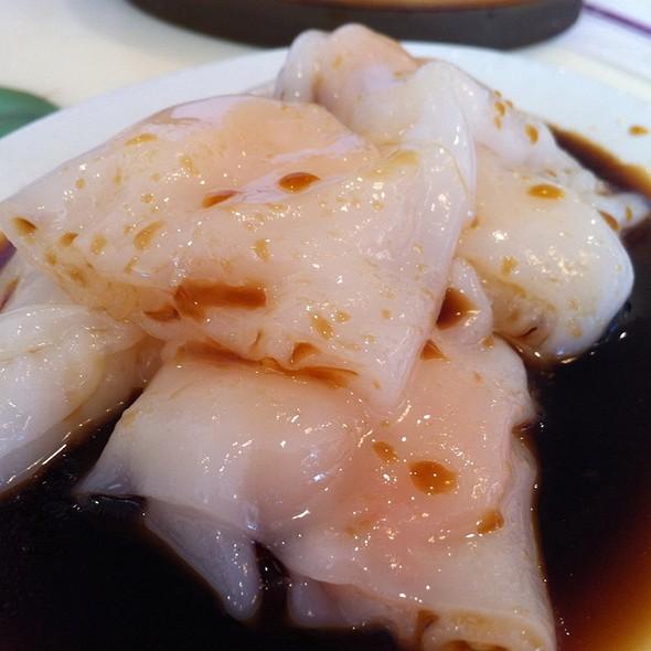 Shrimp Rice Noodle Rolls @ S&T Hong Kong Seafood Restaurant