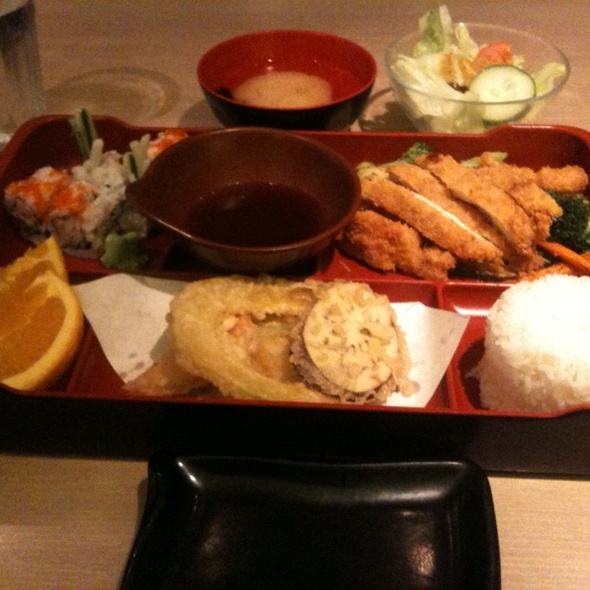 Deep Fried Chicken Lunch @ Crispy Roll Japanese Restaurant
