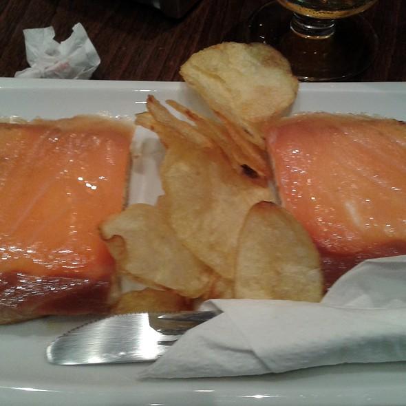 Salmon and Philadephia cheese toast @ Madariz