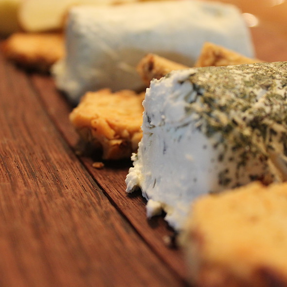 Blue Cheese Crackers @ Home