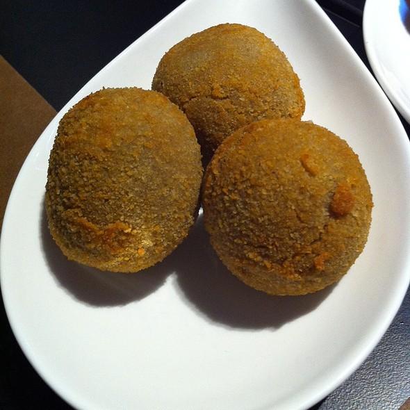 mushroom croquettes @ Piscolabis Gastrobar
