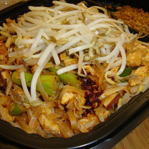 Pad Thai @ Thai Cottage II