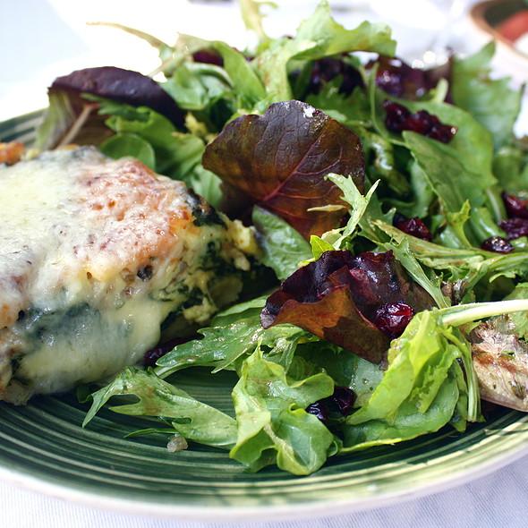 Quiche Lorraine & House Salad @ Ciocolat