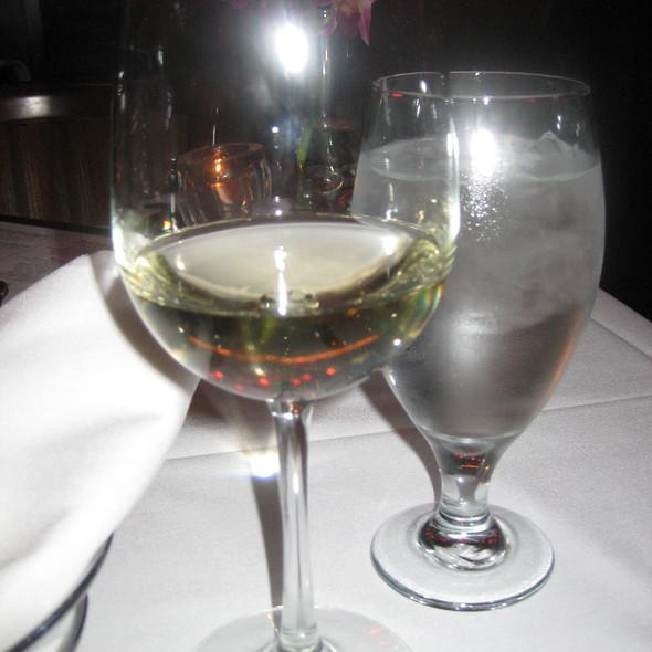 Pinot Grigio - Vines Grille and Wine Bar, Orlando, FL