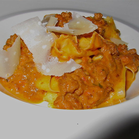 Fresh Pappardelle/ housemade sausage ragu @ Fifth Floor