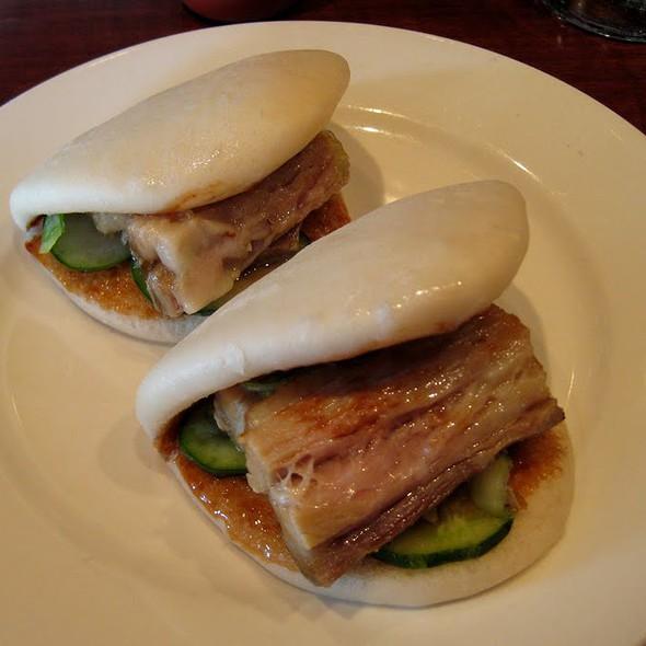 Pork Buns @ Momofuku Ssam Bar