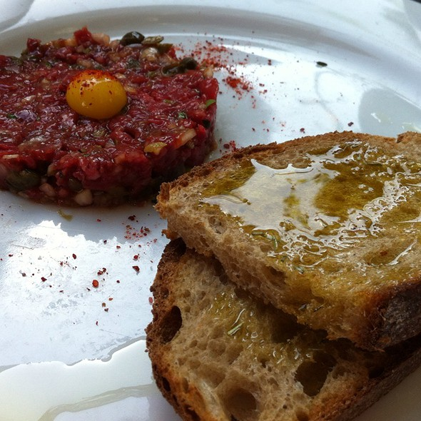 Beef Tartare @ Chez Papa Resto