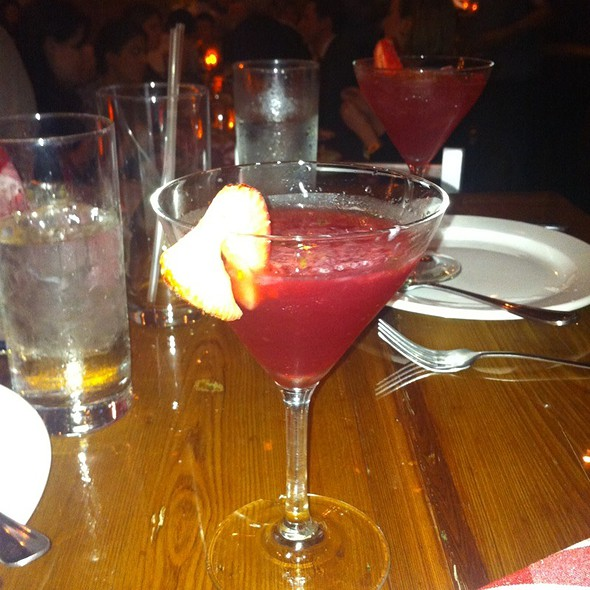 Bee's Knees Martini @ District of Pi Pizzeria