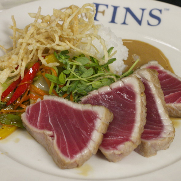 #1 Yellowfin Tuna, Seared Rare, with sticky rice, Asian vegetables, sweet soy butter    @ GW Fins