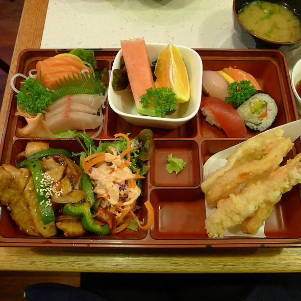 Take Box - Tempura, Sashimi, Teriyaki Fish, Sushi @ Hiroba Japanese and Korean Restaurant