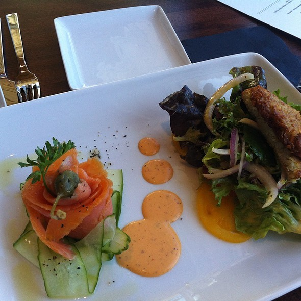 Smoked Salmon Salad @ 50 Ocean