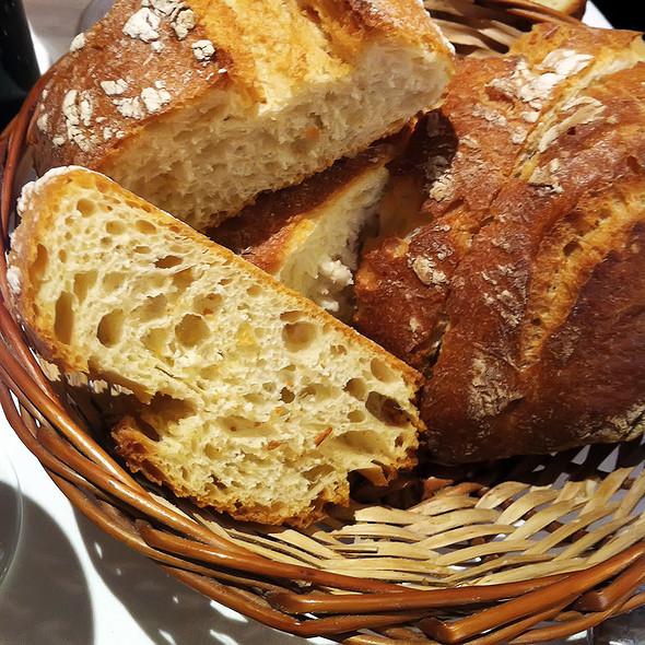 Bread Basket @ Mesón del Tío Aquilino