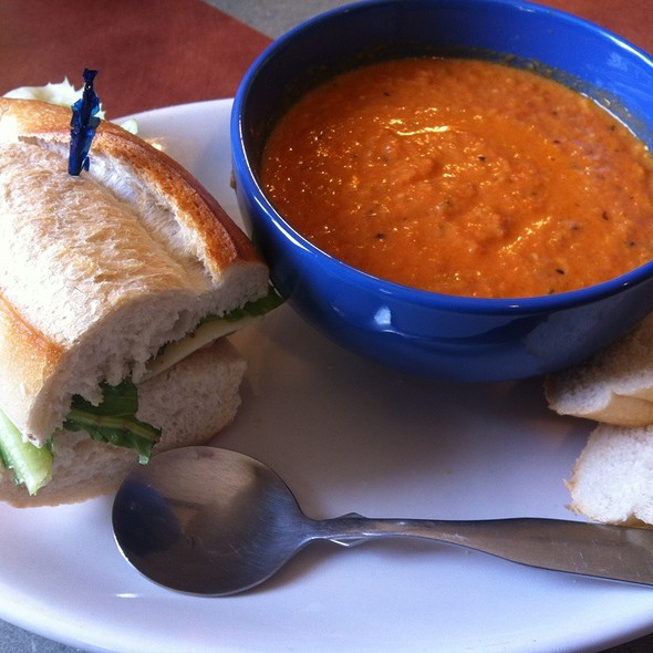 Sassano Sandwich And Tomato Garlic Soup @ Pandolfi's Deli