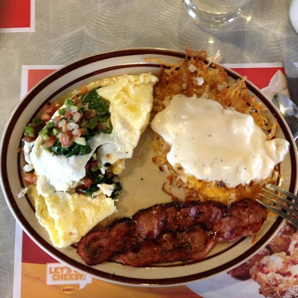 Fit Fare Omelette @ Denny's: Sosanfran