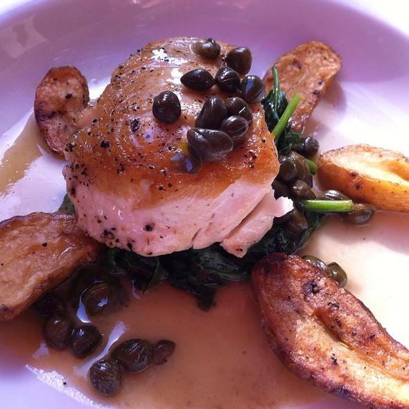 butterfish @ Chez Papa Resto