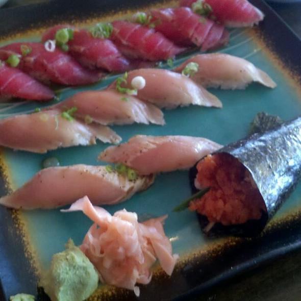 Tuna And Albacore Sushi. Spicy Tuna Hand Roll @ Katana