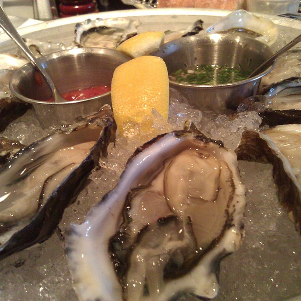 Oysters @ Bistro Jeanty