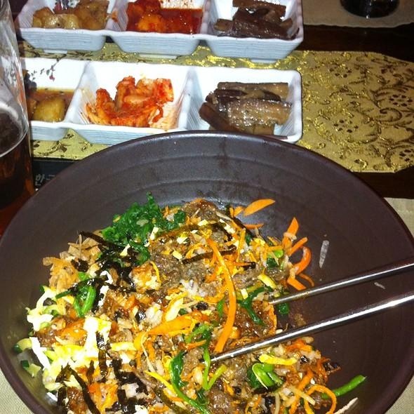 Vegetable Japchae @ Atti Restaurants
