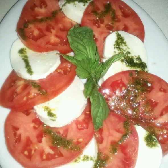 Caprese Salad @ Zio Fraedo's Italian & Continental Restaurant