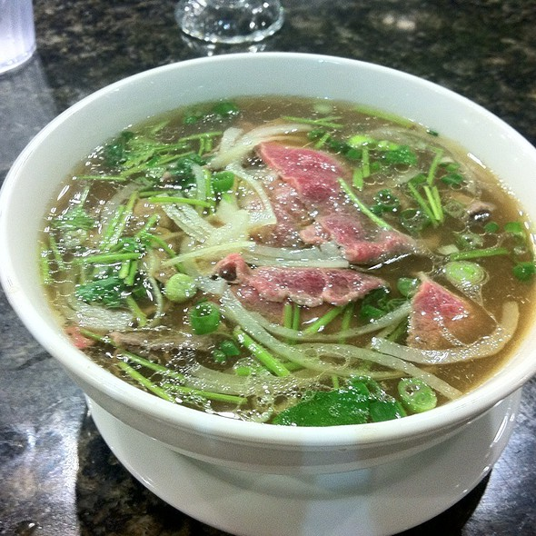 Pho Tai @ Pho Saigon & Grill