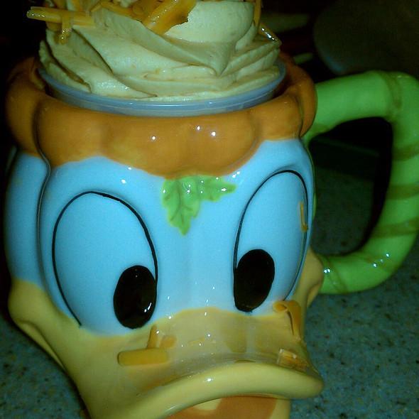 Halloween Donald Duck Dessert @ Disney's California Adventure Park
