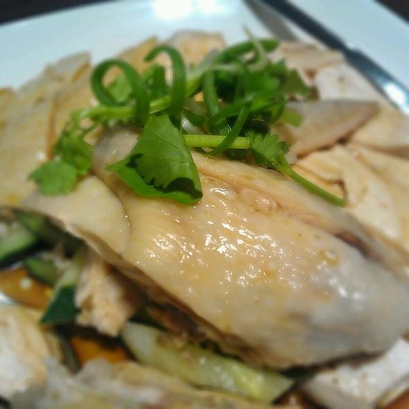 Hainanese chicken @ Wee Nam Kee
