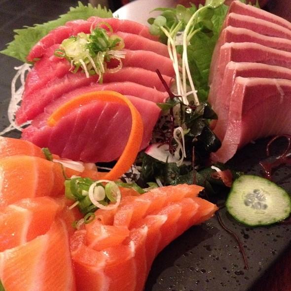 Sashimi @ Japanese Restaurants Hoshi
