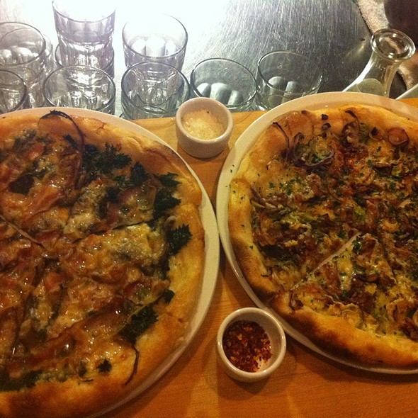 Nettles Pizza & Brussel Sprouts Pizza @ Gialina Pizzeria