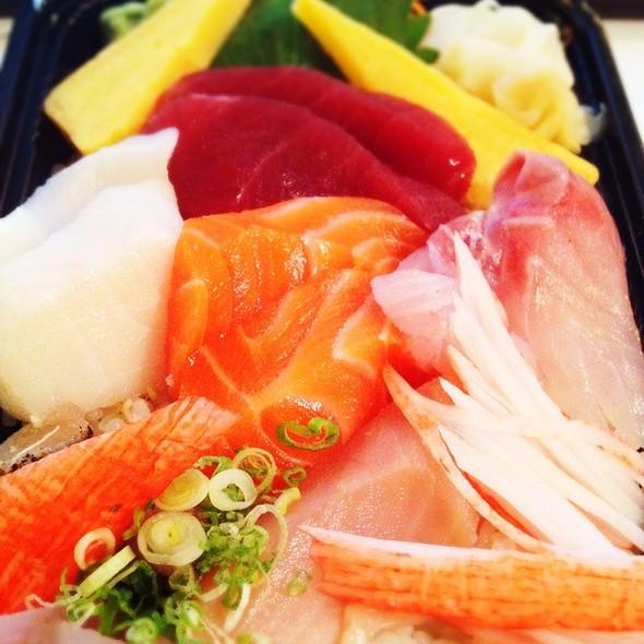 Chirashi - Fuji Sushi, New York, NY