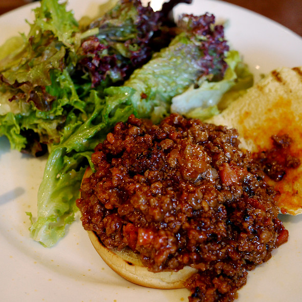 sloppy joe - Ditch Plains - West Village, New York, NY