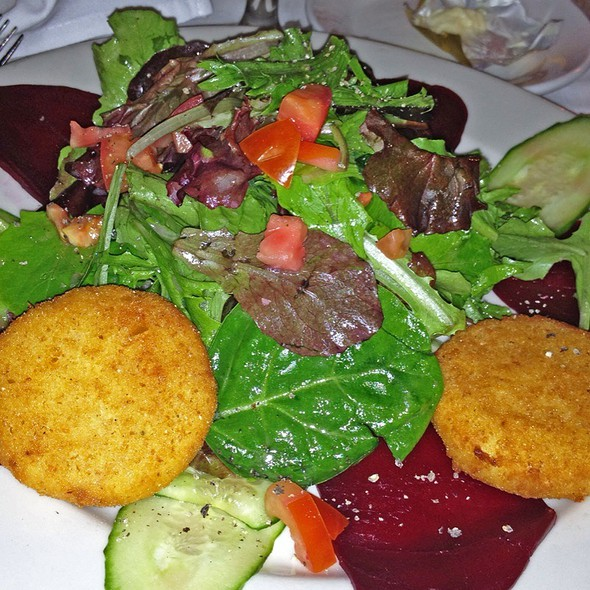 Roasted Beet And Goat Cheese Salad - Cafe Bizou - Pasadena, Pasadena, CA