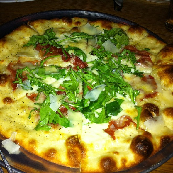 Prosciutto Fontina Arugula Pizza  - decarli, Beaverton, OR