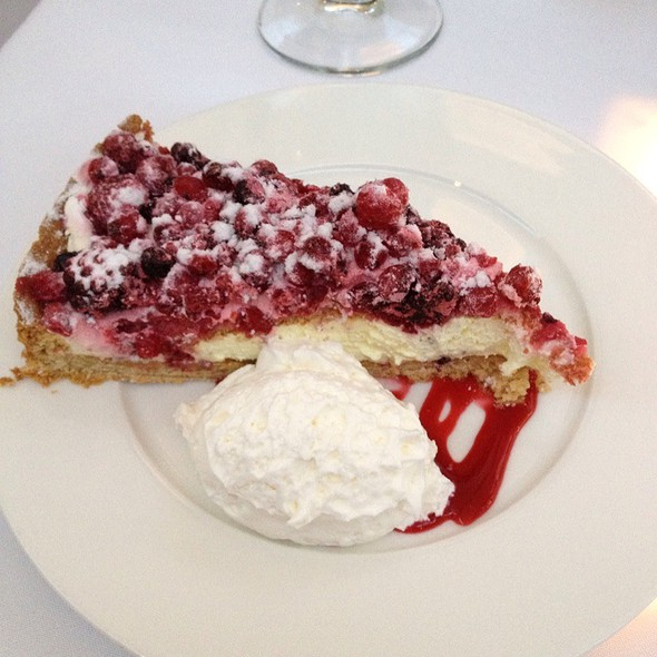Mixed Berry Tart - Mr Chow - Beverly Hills, Beverly Hills, CA
