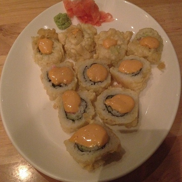 Acapulco Sushi Roll W/ Chipotle Mayo - Sushi Zushi - Lincoln Heights, San Antonio, TX