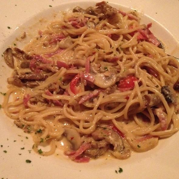 Spaghettini Al Fungi - Grazie Ristorante - Southcenter, Tukwila, WA