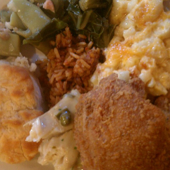 Southern Style Country Buffett - The Pirates' House, Savannah, GA