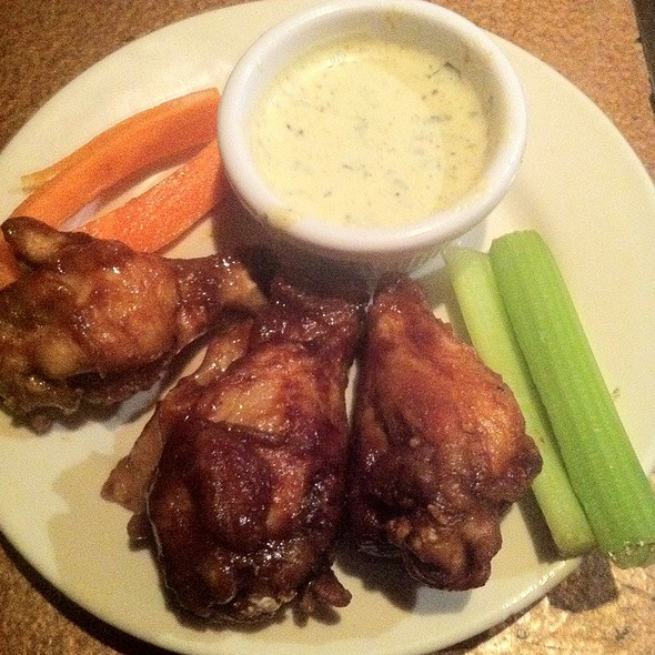 Honey BBQ Wings - Madhatter, Washington, DC