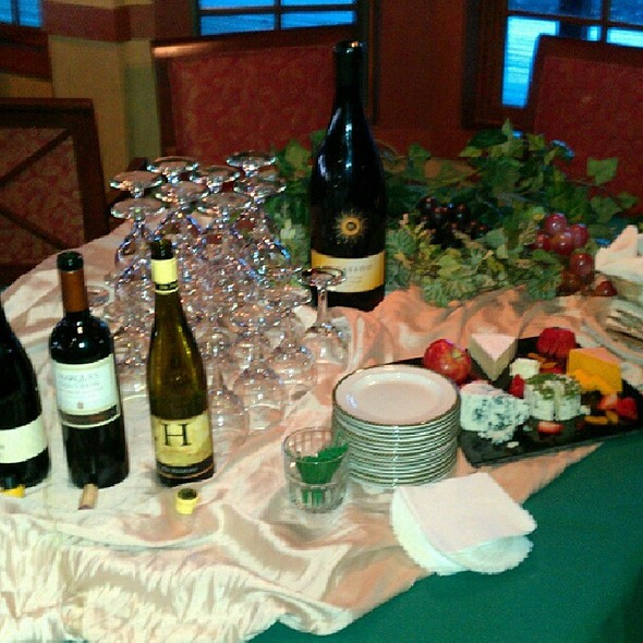 Friday Night Wine Tasting - Woodlands Restaurant at Eagle Ridge Resort & Spa, Galena, IL