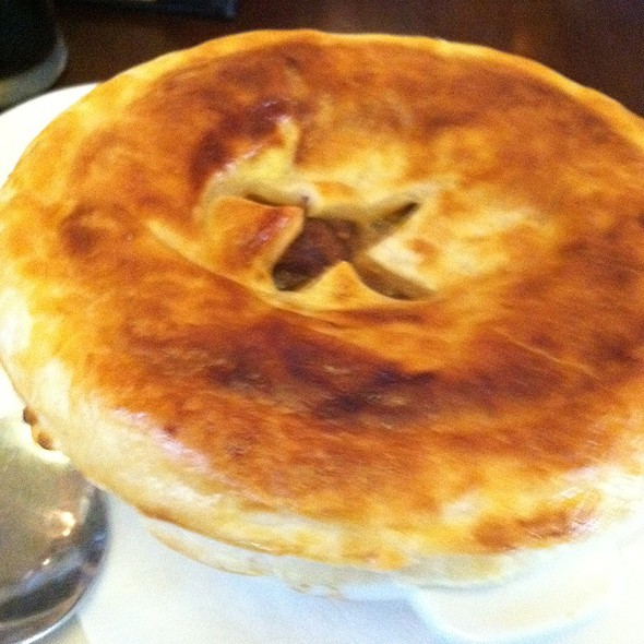 Beef N Guinness Pot Pie - fadó Irish Pub & Restaurant - Atlanta ...