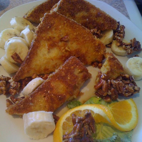 Ultimate French Toast With Bananas And Pecans - Vizcaino Waterfront Food + Drink, Monterey, CA