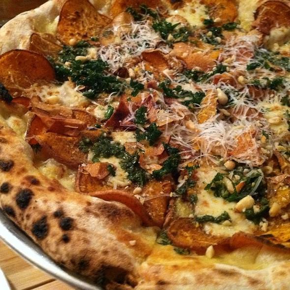 Farmer's Market Pizza - Mani Osteria, Ann Arbor, MI